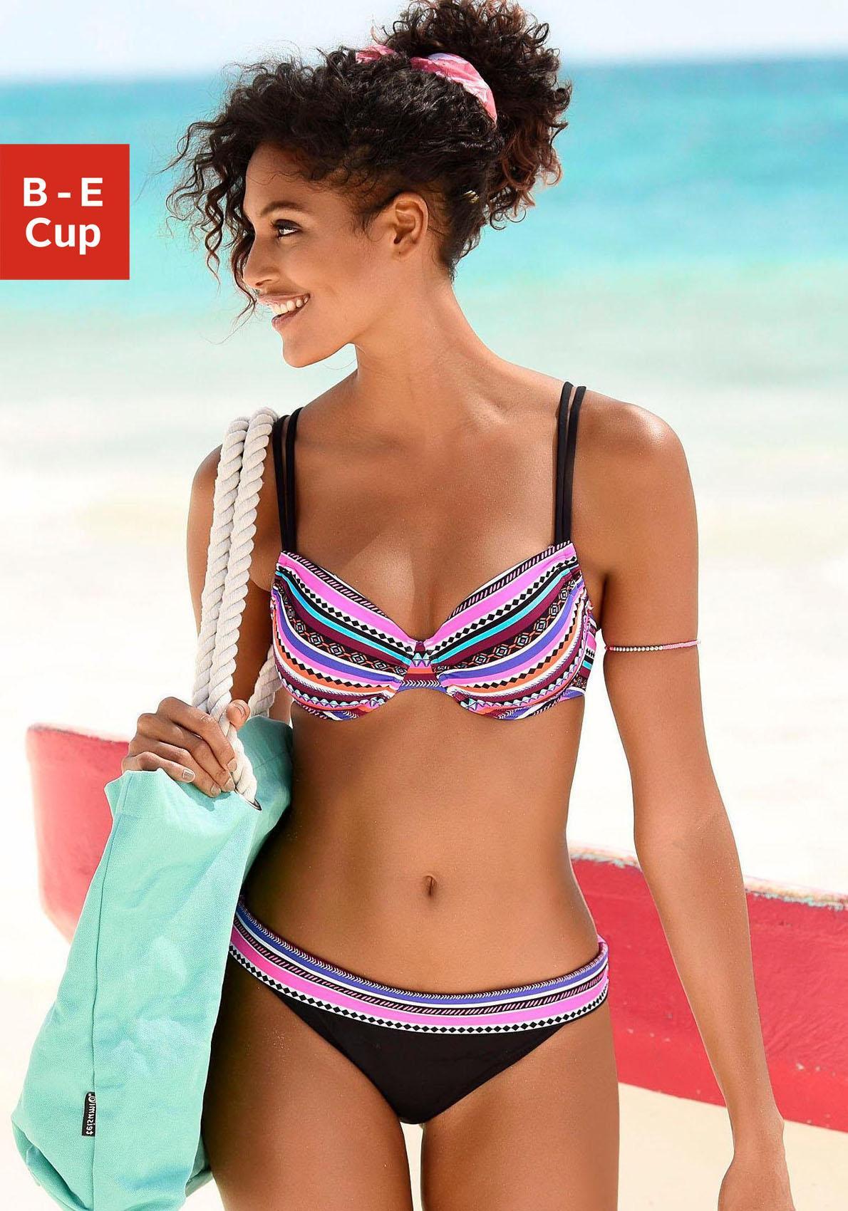 Bench. Bügel-Bikini mit modernem Streifenprint
