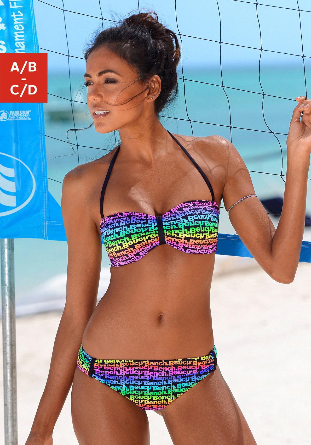Bench. Bandeau-Bikini im bunten Druckdesign oder unifarben