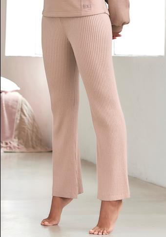 Bench. Loungepants, mit leicht ausgestelltem Bein