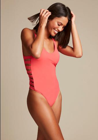 LASCANA Badeanzug »Scarlett«, mit modischen Bändern