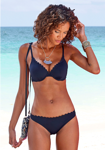 LASCANA Bikini-Hose »Scallop«, mit gelaserter Wellenkante